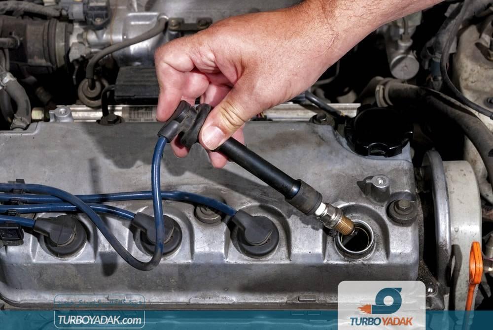چک کردن شمع موتور با بازبینی ظاهری